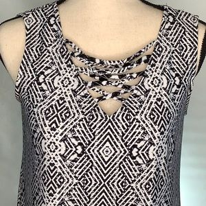 Black n white criss cross bodice